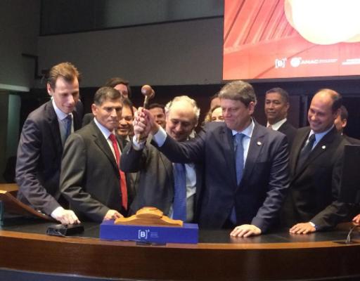 Ministério da Infraestrutura realiza leilões e inaugura obras vitais para o setor