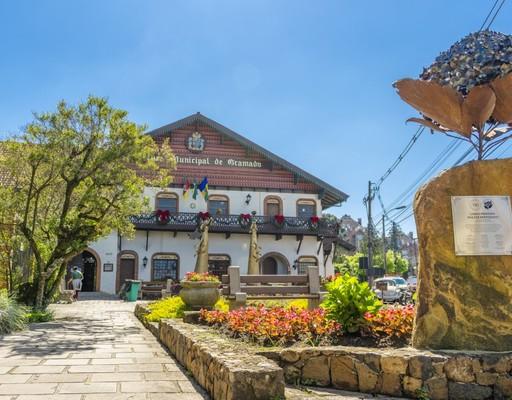 Prefeitura reedita decreto flexibilizando atividades