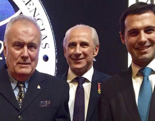 Salvador Alves Dias é homenageado com Troféu Silvia Zorzanello
