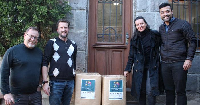 Alimentos arrecadados na Copa LGBT de Gramado são doados ao Janz Team