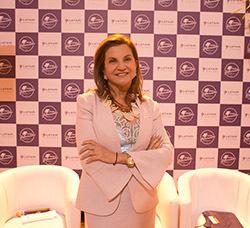 Marta Rossi FESTURIS GRAMADO.jpg