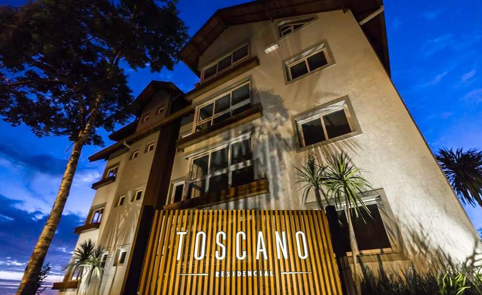 6-Toscano2-1-DCS03112 (Copy).jpg