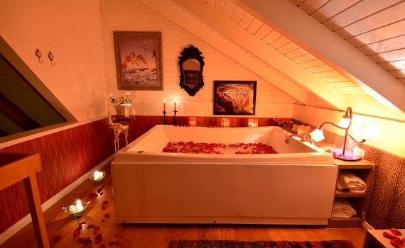 Espaço de Banho Salvador Dalí