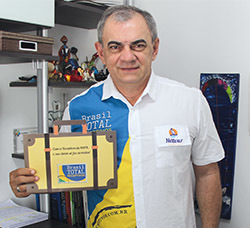 Presidente ANBTR FESTURIS.jpg