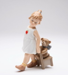 Linda Menina com ursinho