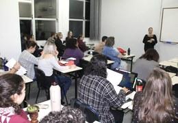 FESTURIS realiza ação com alunos da Feevale, em NH